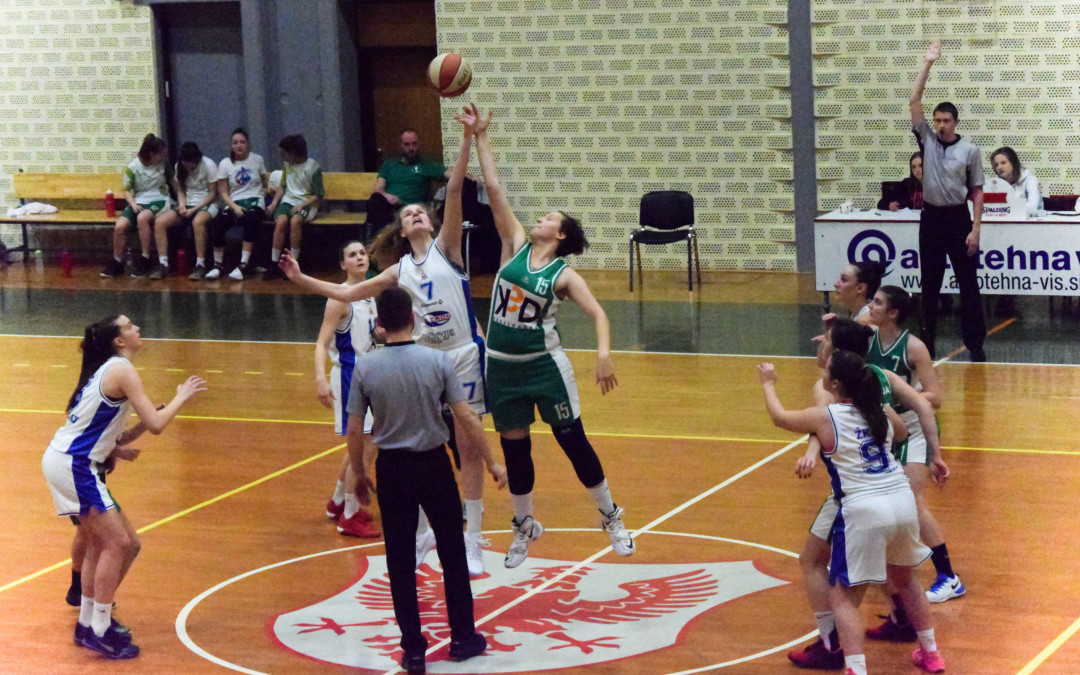 Katarina Gerič Škopac podaj žogo