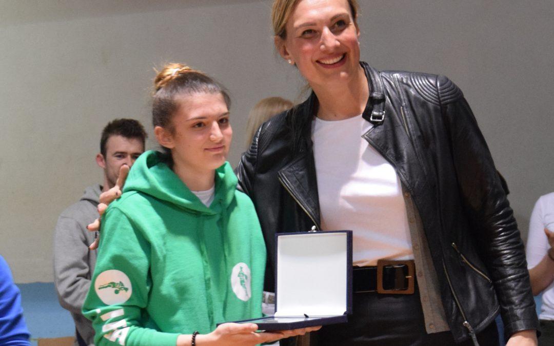 Maja Draganić podaj žogo