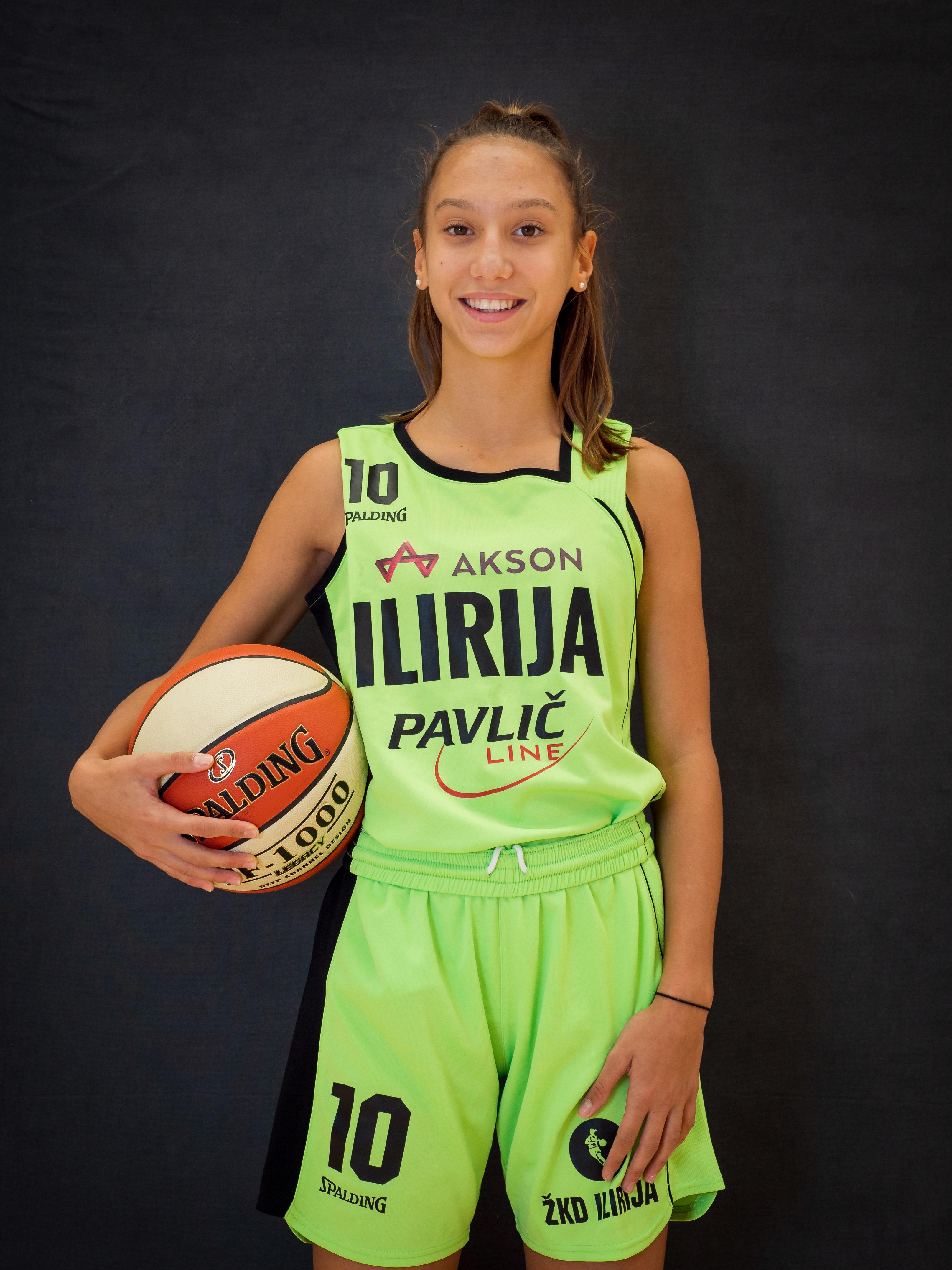 Hana Sambolić