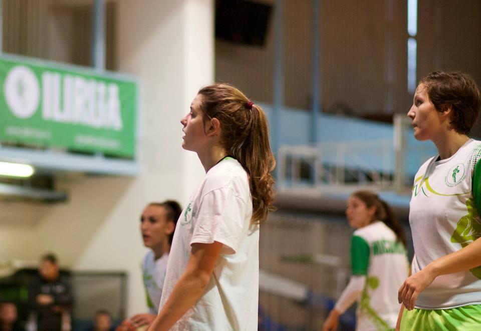 Karin Kotar podaj žogo